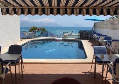 Hotel La Riviera pool