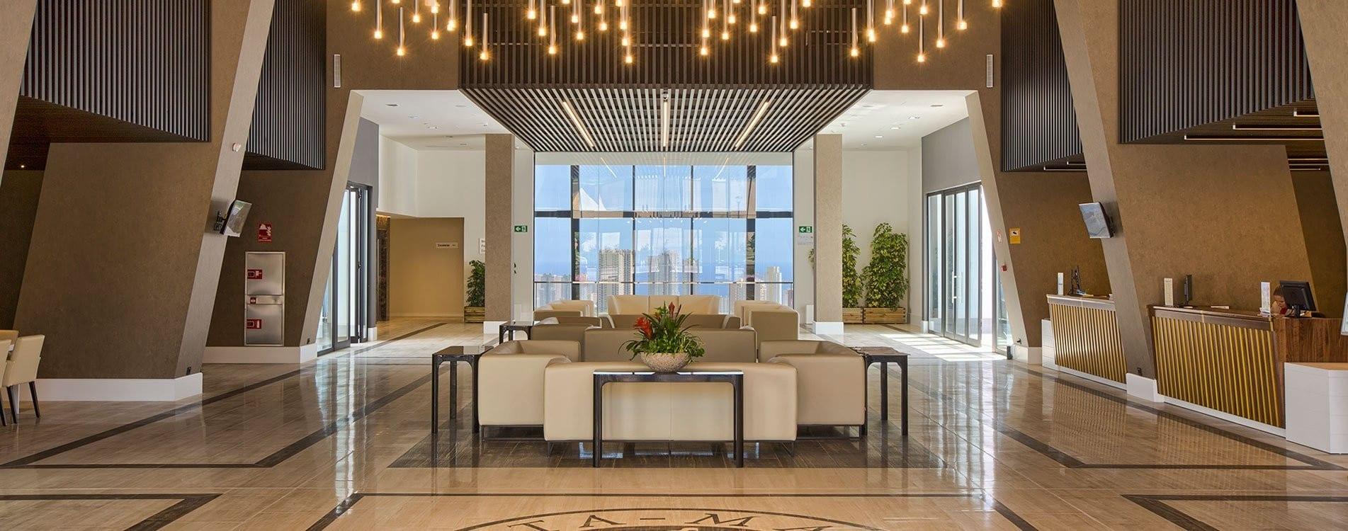 slide-home-recepcion-grand-luxor-superior-hotel