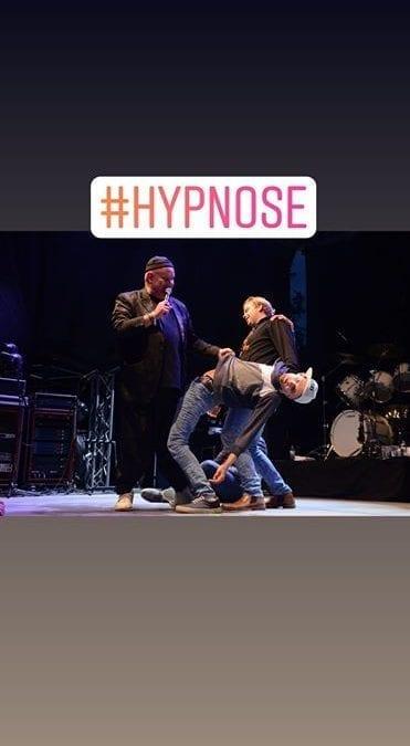 HYPNOSESHOW MED TORGRIM HOLTE  English/Norwegian( Påskespesial)