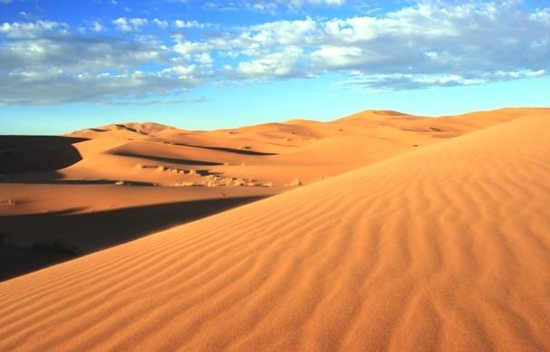 New sand replacement on Albir beach